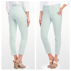 NWT NYDJ Claris Stretch Ankle Jean